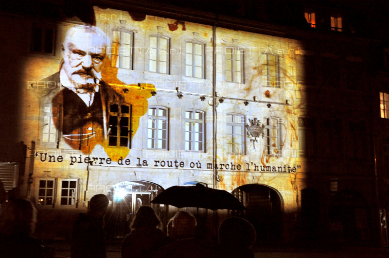 videomapping casa natale victor hugo